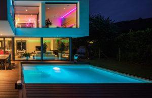 light under pool